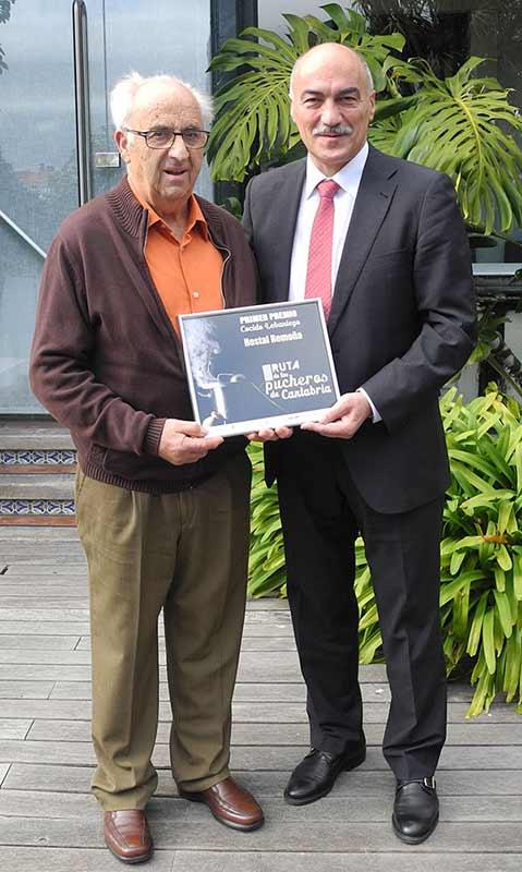 Jesús Prellezo con Santiago Recio, director Turismo de Cantabria