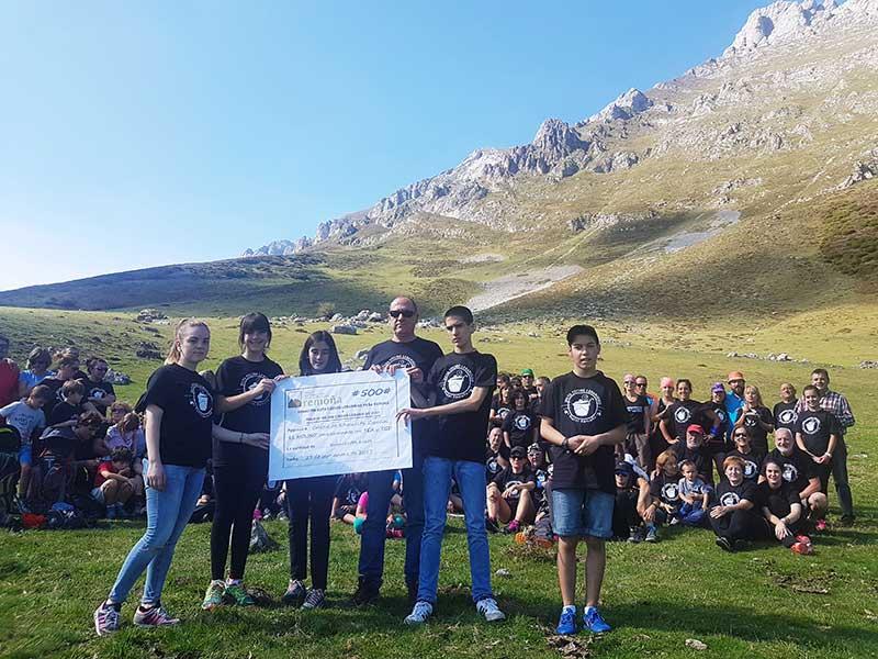 Hostal Remoña dona premio Mejor Cocido Lebaniego 2017 a la causa del autismo