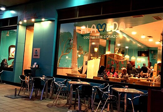 Exterior del restaurante Alameda Lounge Bar