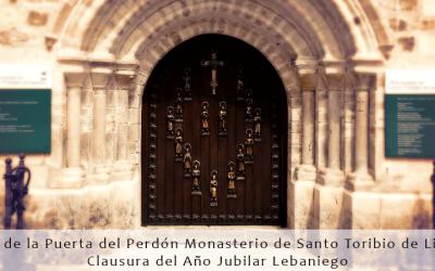 Cierre de la Puerta del Perdón del Monasterio de Santo Toribio de Liébana