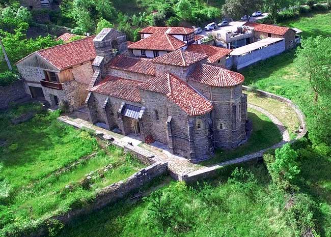 Iglesia de Piasca - Comarca de Liébana